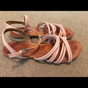 Report size 10 Nude Sandal